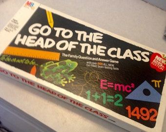 Vintage family game/Go To The Head of the Class/1978 Milton Bradley game/family game/teaching game/school game/learning game