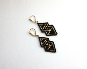 Earrings black gold