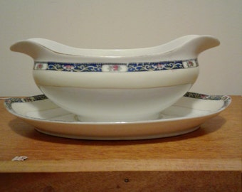 Vintage Gravy Boat and Saucer Made into one Piece.Made in Japan.