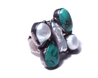 Silver, turquoise and Pearl ring