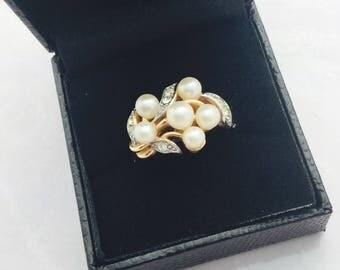 1960's Avon Pearl and Rhinestone Ring.