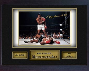 Boxer Muhammad Ali signed autograph WORLD CHAMPION Boxing Memorabilia Framed