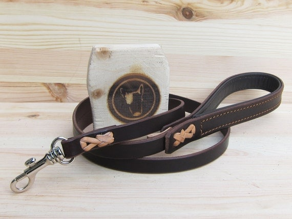 Dog Leash in Brown Leather - Comfort Grip Leash - Colorful Handcrafted Strong Dog Lead - Classic 4 Foot Dog Leash - Dog Gift - YupCollars