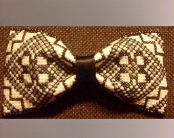 Bow tie gray