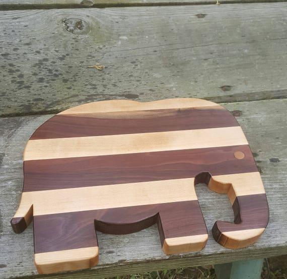 Elephant Cutting Board/ Maple Cutting Board/ Animal Cutting Board/ Walnut Cutting Board/ Wooden Cutting Board/ Elephant Chopping Block/