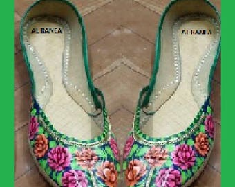 Traditional handmade embroided Khussa (Pumps)