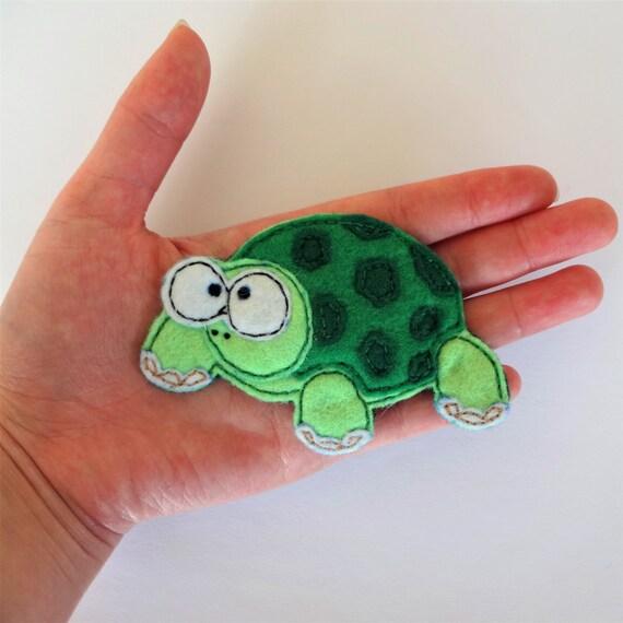 Green Turtle Hairclip
