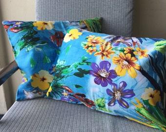 Small Blue Tropical Island Design Cushion Throw Pillow Cover 45x30cm