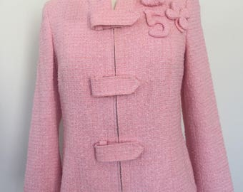 Vintage CHANEL No 5 Heart Clover CHARMS Pink Tweed Boucle Blazer Jacket Coat 42 S M