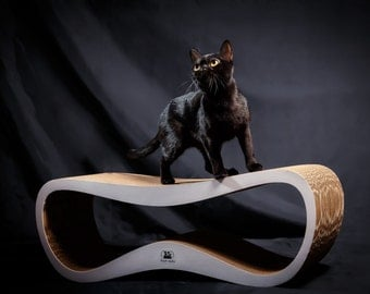 Eco-friendly Cat Scratcher Grand Wave off corrugated cardboard
