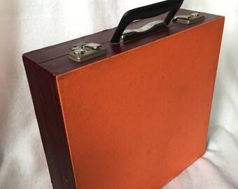 LP storage, orange with bordeaux Red
