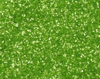 Apple Green Edible Glitter - 100% Edible Glitter for adding sparkle to your cupcakes, cakes and bakes. 5g pot.
