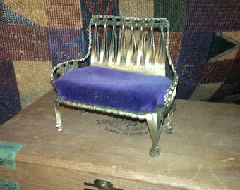 Hobo Art Victorian Couch.  Purple Velvet cushion.  This was made from a spam can. Unknown maker, Etstate find