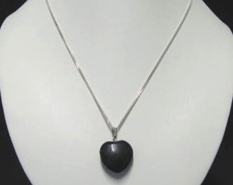 Blackstone heart-shaped pendant