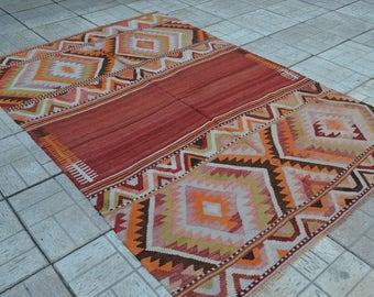 Vintage Kilim rug. Turkish kilim. Turkish kilims. Vintage kilim. Rug. Free shipping. 7.2 x 4.8 feet.