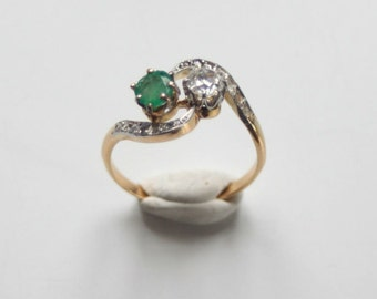 French Toi & Moi ring diamond and emerald