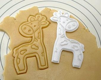 Giraffe Cookie Cutter and Stamp