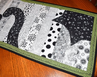 Table Runner, Black Cats Black & White