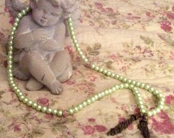Allende green pearl beads long necklace