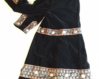 1900s Embroidered Velvet Evening Coat