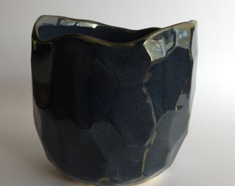 Ceramic vessel with navy blue glaze