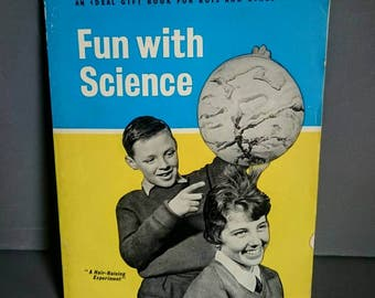 Fun with Science by Charles Vivian. Daily Mail Publications