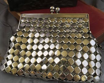 Vintage 1950s Heavy Mesh Coin Purse