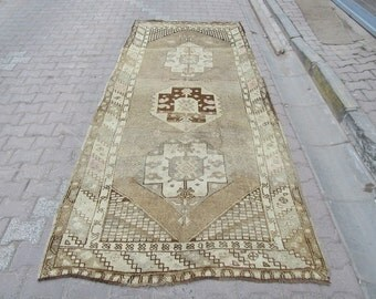 4.9x10.9 Ft Washed out vintage Turkish kars rug