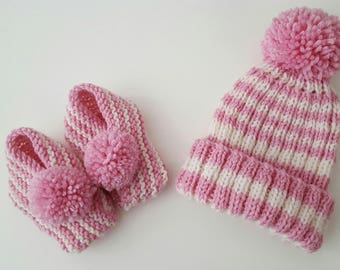 Pink pompom beanie and booties set