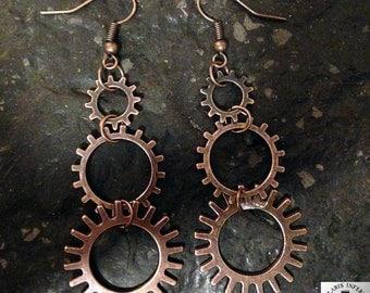 Steampunk earrings with open gears in steam style copper optics (Fischohr hook)
