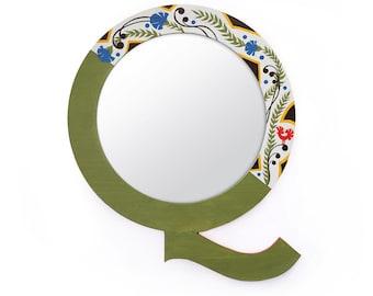 Designer mirror mirror» Q «- outside / outside 40 cm - frame/border 5 cm - hand decorated hand made».