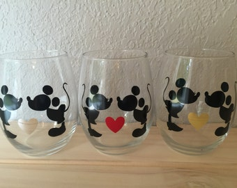 Mickey and Minnie Kissing Wine Glass | Disney Wine Glass