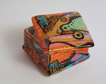 Hand-painted Porcelain decorative Box