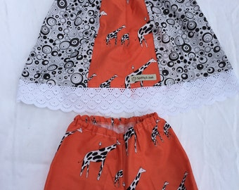 Size 6-12 Months Girls Clothing - Giraffe with Black Spots