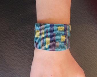 macrame techno bracelet