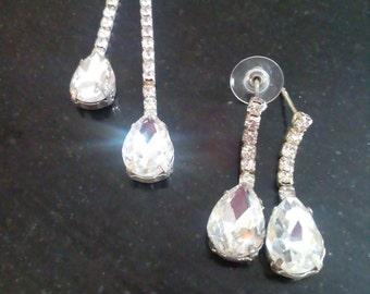 Tear drop crystal necklace and earrings handmade
