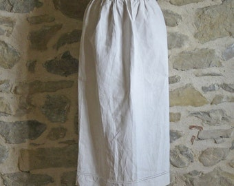 antique linen apron with jours and monogram - French vintage pinny