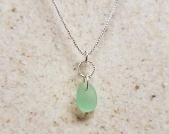 Minty Green Swirl-Ring Sea Glass Necklace