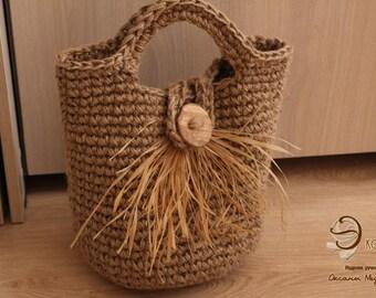 Basket - handbag made of jute.