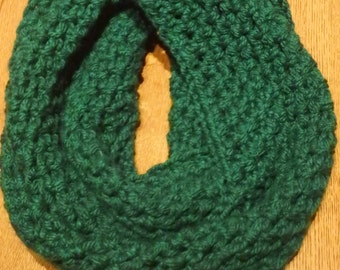 Crochet Infinity Scarf // Thick and cozy // Winter Accessory // Women's and Teen's