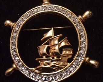 Vintage Gold Tone Ships Wheel Brooch