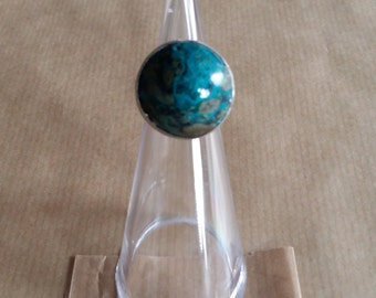 special ring with Malachite