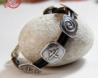Leather silver bracelet/Cuff bracelet/ Sterling silver 925/ Boyfriend and girlfriend gift/ Hand made jewelry/Runes