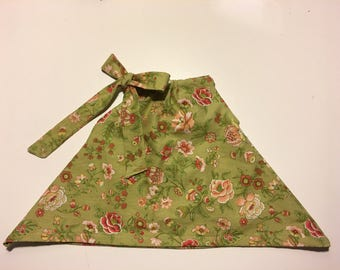 Toddler top with tie closure