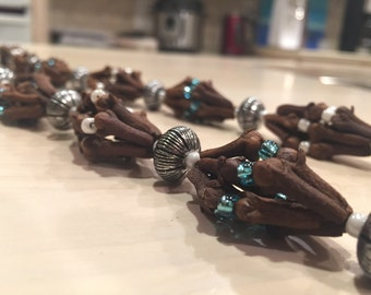 Clove and Bead Handmade Necklace
