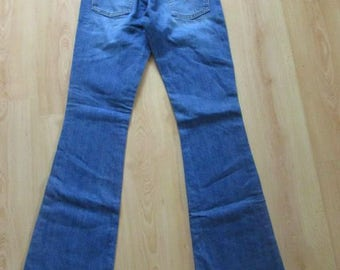 Jean Levi's 525 blue size 38 to-63%
