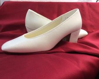 Dyeable heel