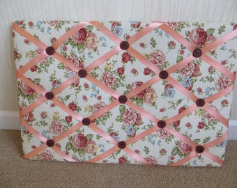 Padded Antique Rose Message board