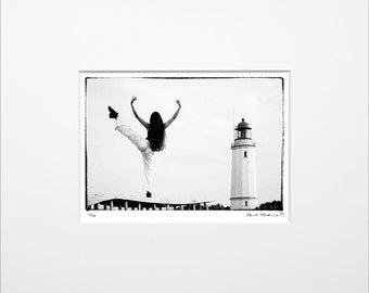 "Danilo Böhme ""Am Leuchtturm"", Schwarzweiß-Fotografie, FineArt Print im Passepartout, Original, Vintage Print, Limitiert, Handsigniert"