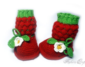Knitted booties for newborns of merino wool,children's shoes,booties berry,Knitting for children,Baby boy or girl booties,Knit Baby Booties